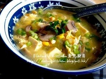[素羹] 西芹蘑菇粟米豆腐羹
