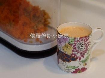 三鮮榨汁 (蘋果,胡蘿蔔,馬鈴薯)