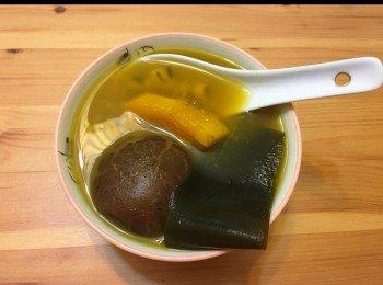 南瓜海帶眉豆冬菇素湯