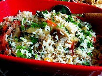 慢煮手撕雞蘑菇菜飯