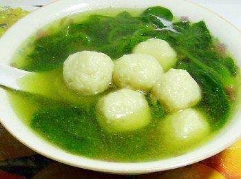魚丸菠菜湯