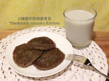 甜蜜黑豆糯米煎餅/無糖黑豆牛奶
